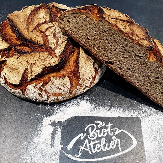 100% Roggen | Handgemachte Brote mit hochwertigen Zutaten